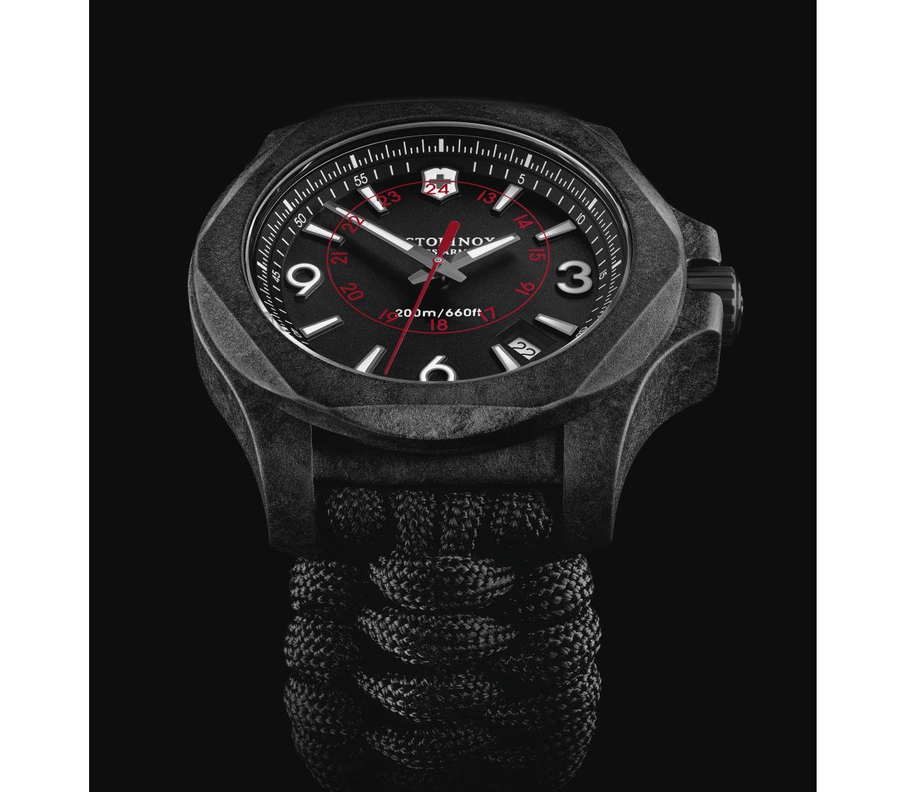 Victorinox Swiss Army 241776 I.N.O.X. Carbon Saat
