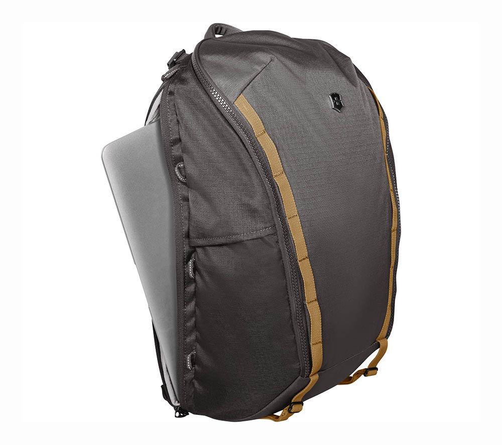 Victorinox 602133 Altmont 3.0 Everyday Laptop Sırt Çantası